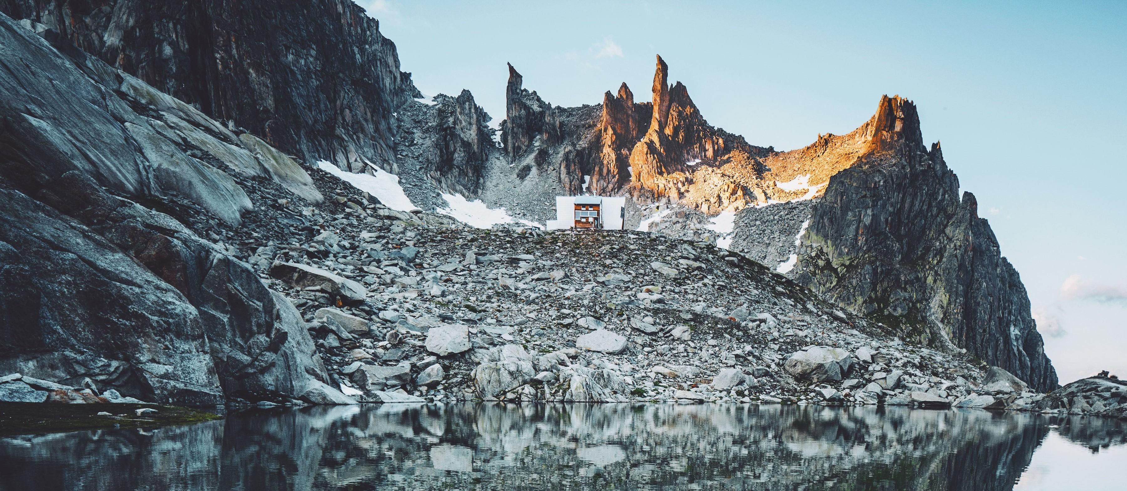 Kamele_mit_Sidelenhütte